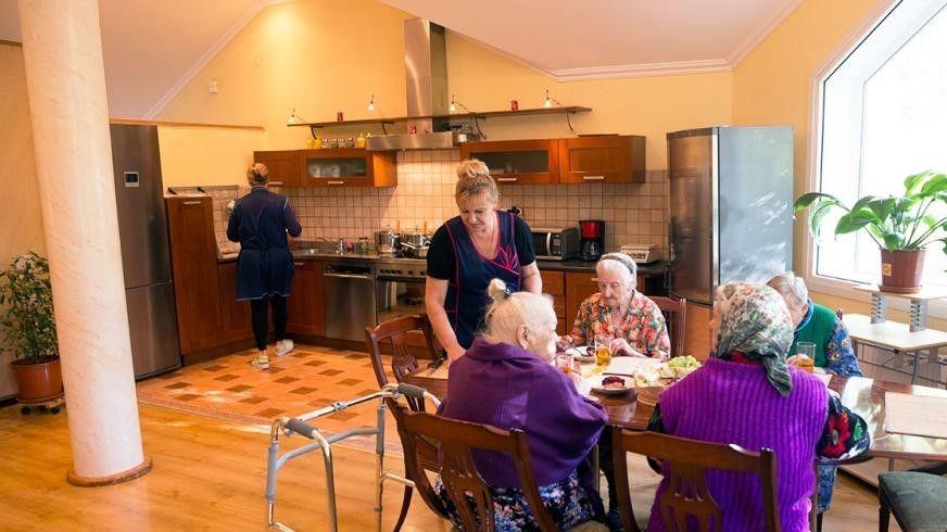 Пансионат для пожилых людей горьковское направление дом престарелых на семи ключах